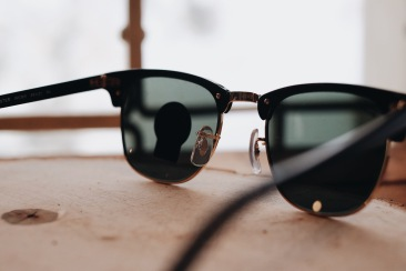 Ray Ban Clubmaster // idr. 2.000.000